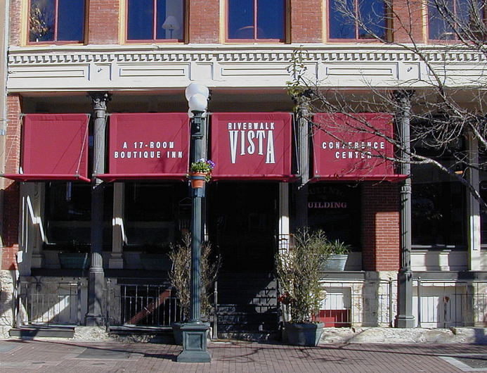 River Walk Vista Inn