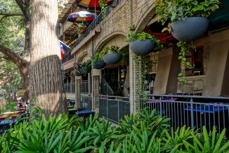 River Restaurants